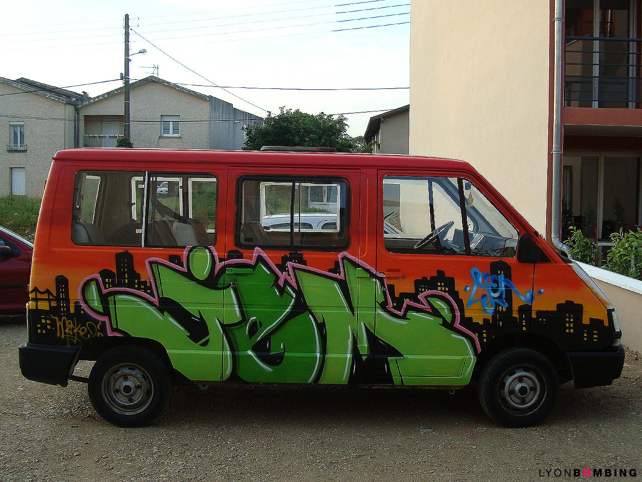 Camionnette graffiti JEM