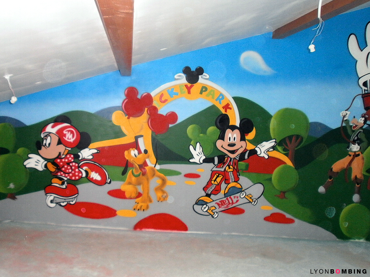 D co s sur le th me mickey lyonbombing - Decoration mickey chambre ...