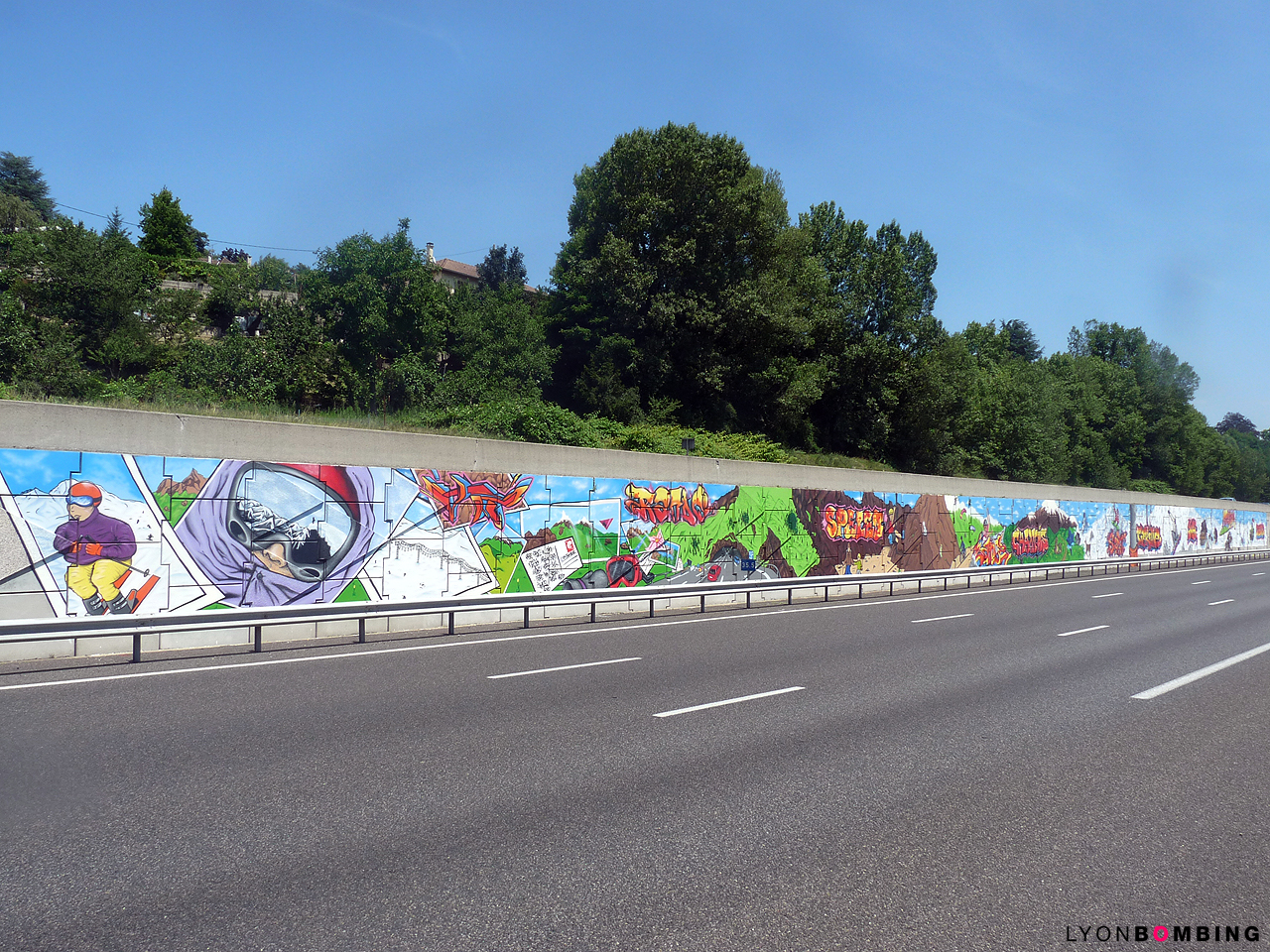 Fresque collective de 300m² sur l'A43