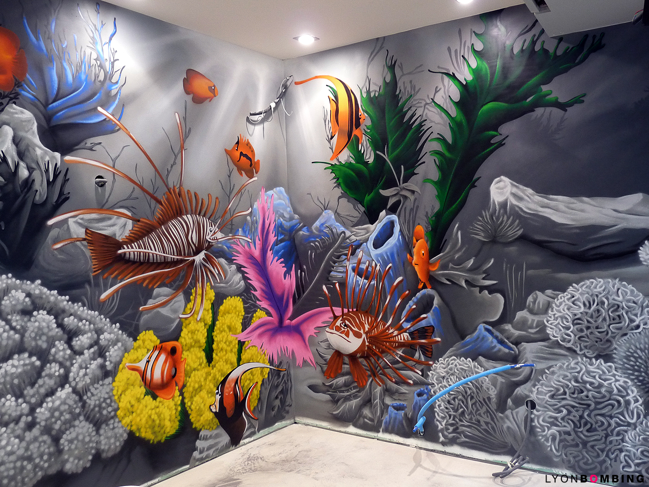 trompe loeil aquarium