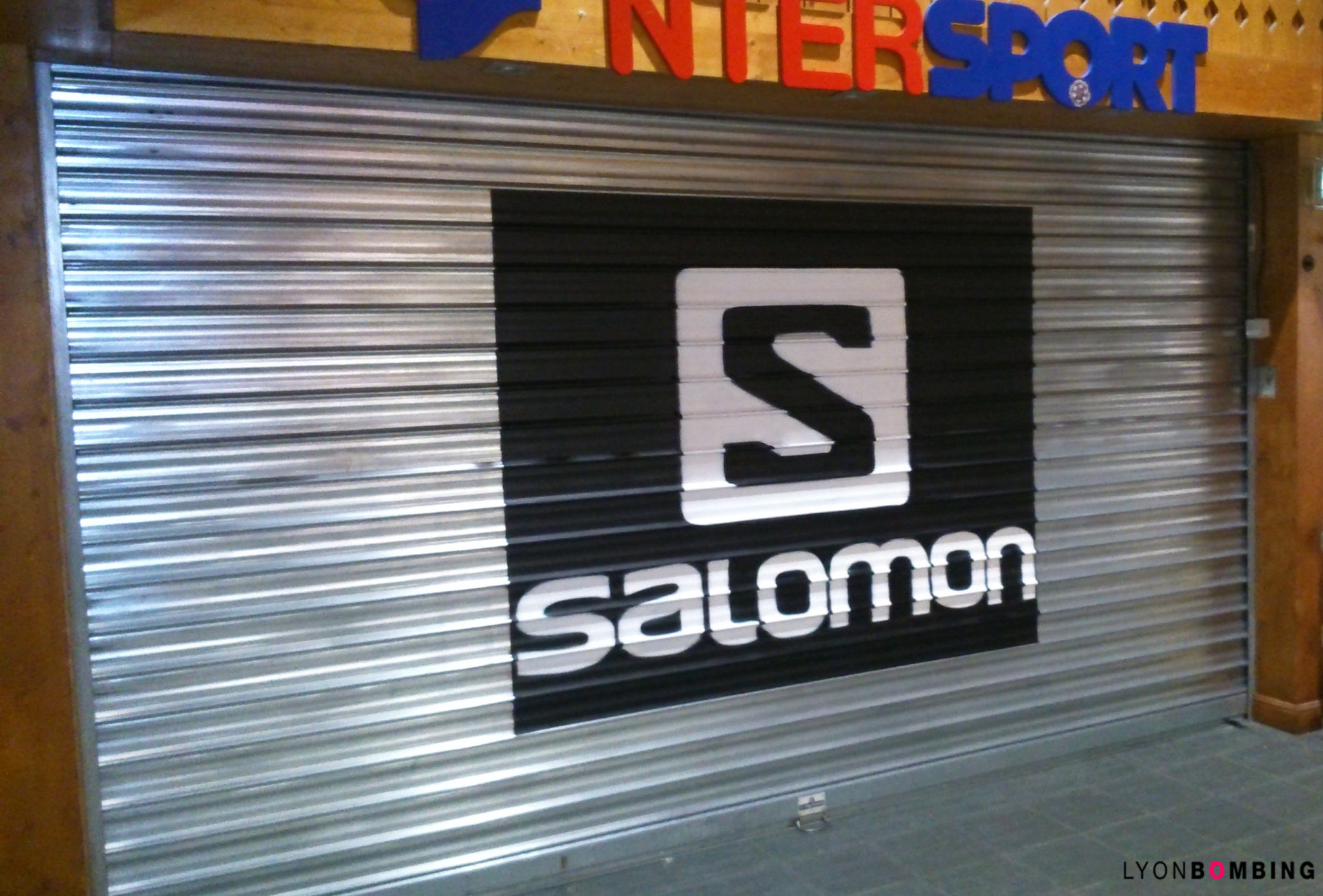 logo-graffiti-tag-fresque-streetart-salomon